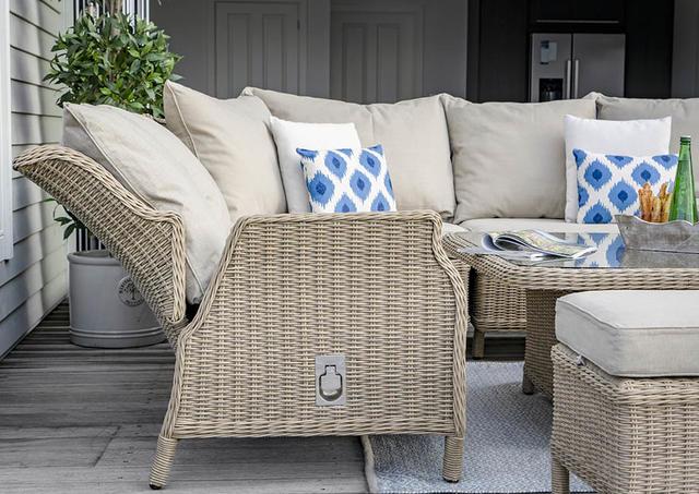Bramblecrest Oakridge Reclining Curved Modular Sofa with Height Adj. Table