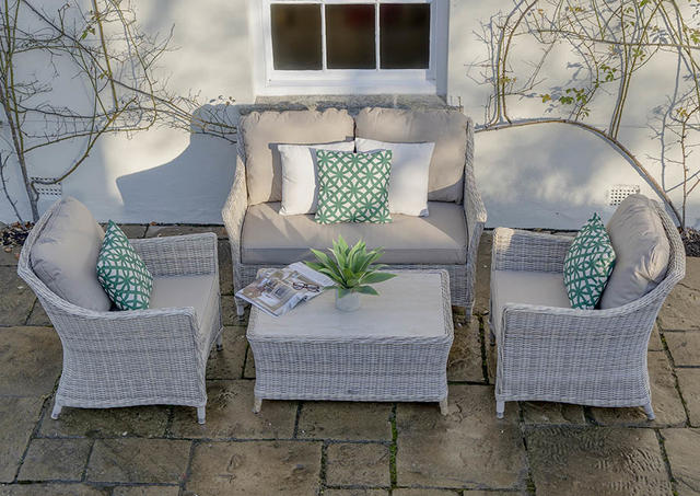 Bramblecrest Ascot 2 Seater Sofa Set