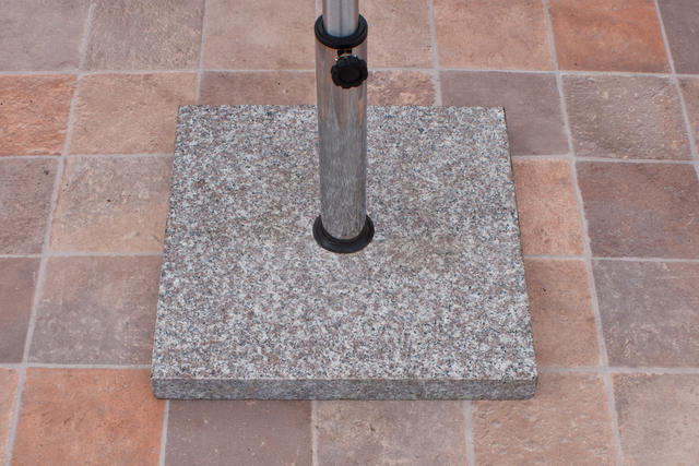 Parasol Base Granite 30kg