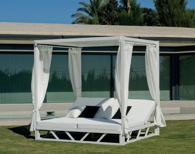 Balinesa Double Day Bed