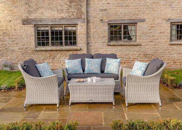 Bramblecrest Monterey 2 Seater Sofa Set